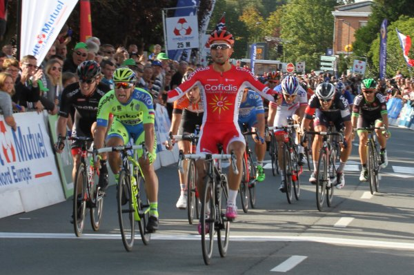 Nacer Bouhanni remporte le 69 ème Grand Prix d'Isbergues