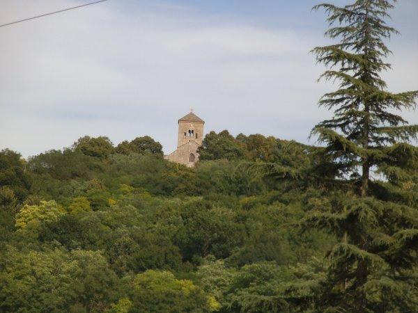 Images de Saône-et-Loire : L'église Saint-Martin de Laives !...