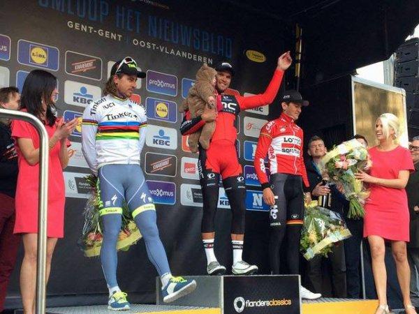 Greg Van Avermaet remporte le 71 ème « Circuit Het Nieuwsblad » !...