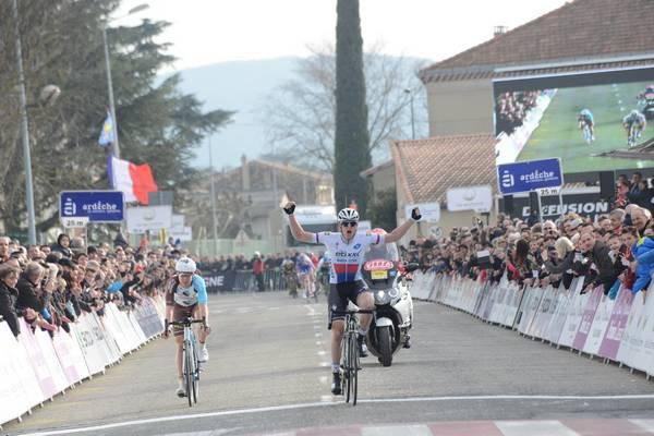 Petr Vakoč remporte la Royal Bernard Drôme Classic !...