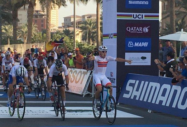 Kristoffer Halvorsen, Champion du Monde de Cyclisme sur Route, chez les Espoirs Hommes, à Doha, au Qatar !...
