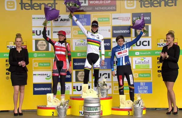 Mathieu Van der Poel et Sophie de Boer remportent la 3 ème manche de la Coupe du Monde de Cyclo-Cross, à Valkenburg, aux Pays-Bas !...