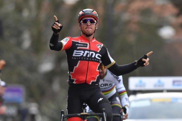 Greg Van Avermaet remporte le 72 ème « Circuit Het Nieuwsblad » !...