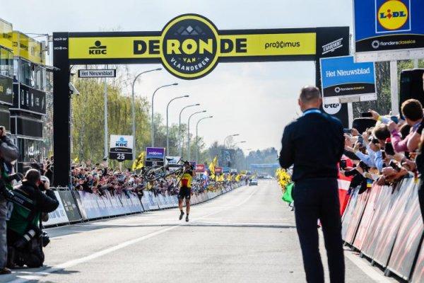 Philippe Gilbert remporte le 101 ème « Tour des Flandres » !...