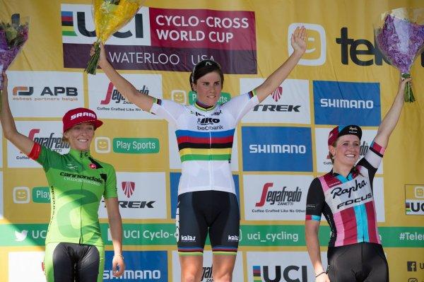 Mathieu van der Poel et Sanne Cant remportent la 2 ème manche de la Coupe du Monde de Cyclo-Cross, à Waterloo, aux Etats-Unis d'Amérique !...