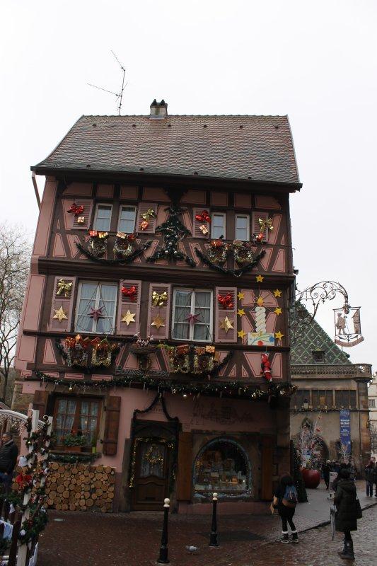 Images du Haut-Rhin : La maison dite « Au Pèlerin » à Colmar !...