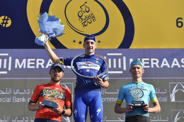 Elia Viviani remporte le 5 ème Tour de Dubaï !...
