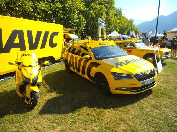 Images de Haute-Savoie : La marque Mavic présente sur le « Village Départ » de l'Etape du Tour !...
