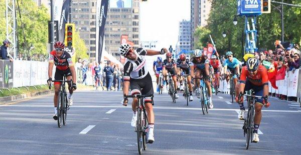 Michael Matthews remporte le 9 ème Grand Prix Cycliste de Montréal !...