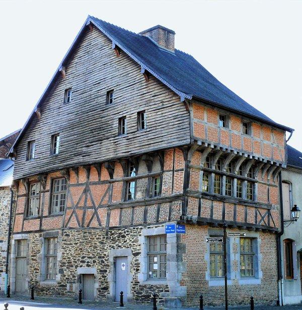 Maison espagnole de Revin