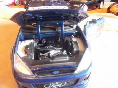 une ford focus pr un ami ki a la mm mais en 5 portes et en diesel