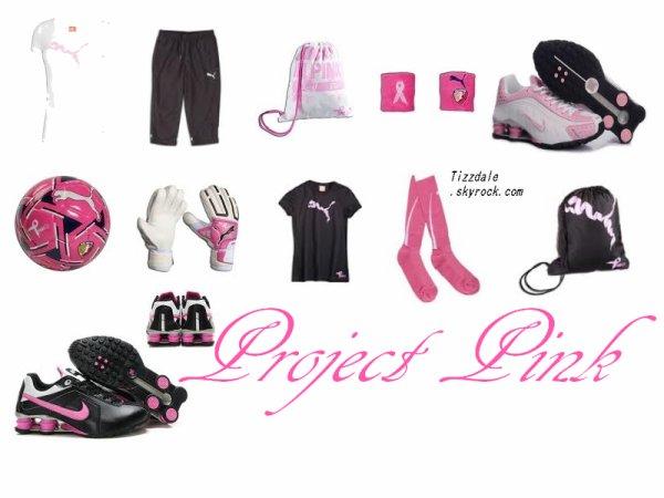 """Découvrez enfin le spot publicitaire pour le """"Project Pink"""". Qu'en penses tu ? Miss Tisdale profite en effet de sa renommée pour s'engager dans la lutte contre le cancer du sein aux côtés de la marque PUMA. _________________ Sa grand mère apparait dans la vidéo avec elle car elle a été touché par cette maladie."""