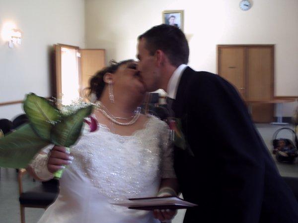 (l)(l)(l) voila nous somme marier le bisousssssssssss(l)(l)