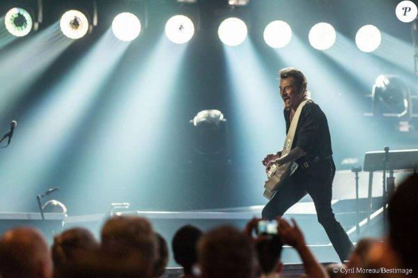 """Photo Exclusive - Johnny Hallyday en concert à Lille dans le cadre de son """"Rester Vivant Tour"""", les 9 et 10 octobre 2015."""