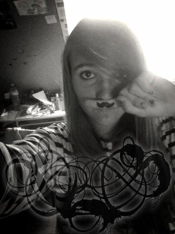 Moustache :3.