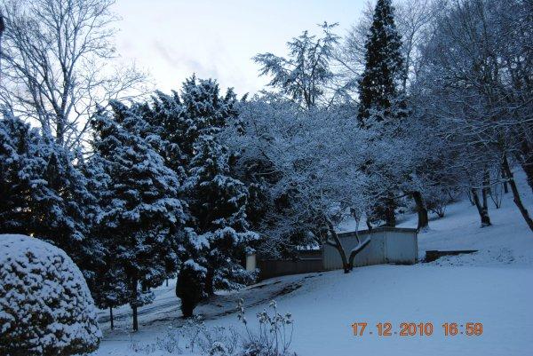 vendredi 17 décembre 2010 16:59