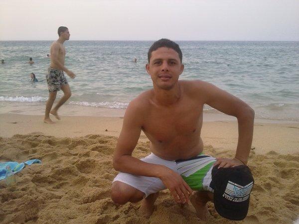 moi a la plage <3