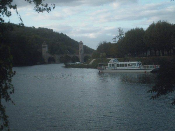 UN PEU TOURISME EN FRANCE?