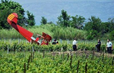 Un biplace se crashe : le pilote est sain et sauf