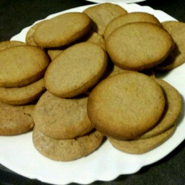 Biscuits sablés à la cannelle.