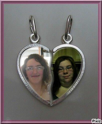 moi et nathalie ma soeur de coeur depuis 3 ans
