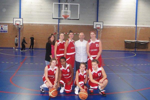 I'm Playing Basket-Ball ღ