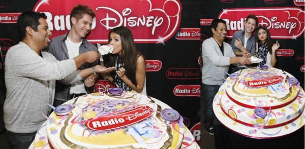 """Selena était a """"Radio Disney"""".Pour fêter les 15 ans"""