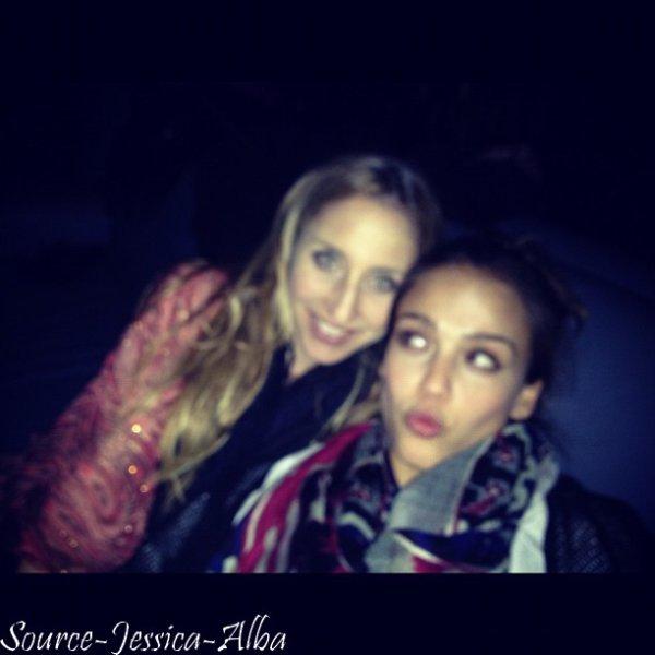 Samedi 3 Décembre 2011 : Jessica s'est rendue dans une residence privée .