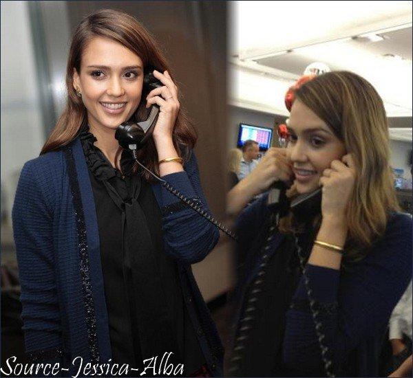 Mercredi 7 Décembre 2011 : Jessica faisant du shopping dans Soho à New-York .