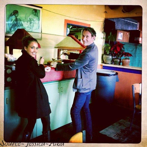 Mercredi 11 Janvier 2012 : Jessica allant faire quelques courses puis retournant à son bureau