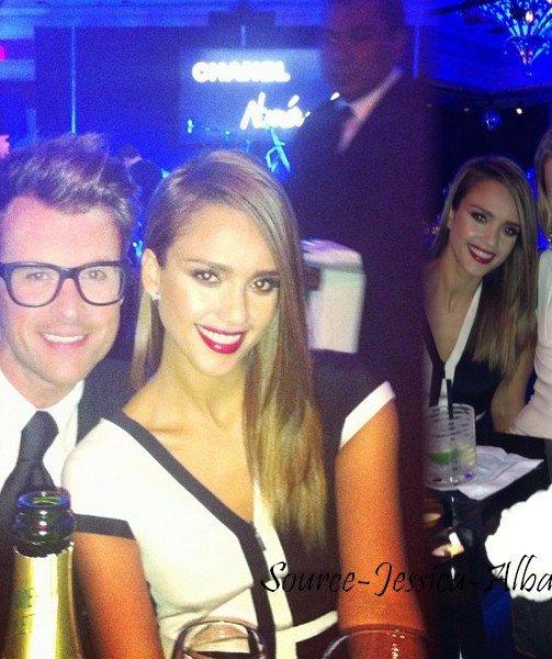"""Vendredi 20 Janvier 2012 : Jessica & Cash quittant l'aéroport Van nuys de Los Angeles pour se rendre à Las Vegas. Le soir , Jessica & Cash se sont rendus à l'ouverture du magasin Chanel """" numéro privés """" à Las Vegas ."""
