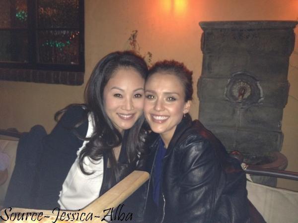 Jeudi 9 Février 2012 : Jessica allant chez des amis avec Haven . Le soir , Jessica & Cash se sont rendus au concert de Will.I.am