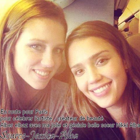 Mercredi 29 Février 2011 : Jessica arrivant à Lax Aéroport avec sa belle soeur Nikki pour prendre un vol direction Paris.