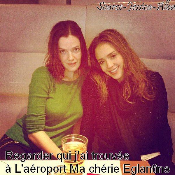 Samedi 3 Mars  2012 : Jessica & Nikki quittant leur Hotel le Meurice , pour prendre un vol diréction Los Angeles.