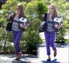 """Mardi 10 Avril 2012 : Jessica se rendant aux bureaux de """" The Honest Company """""""