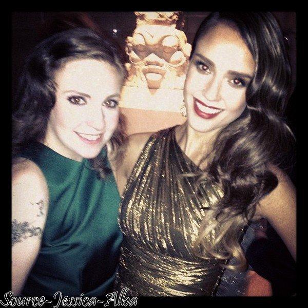 Lundi 7 Mai  2012 : Jessica se promenant dans le quartier de Soho à New York . Le soir , Jessica s'est rendue au MET BALL 2012