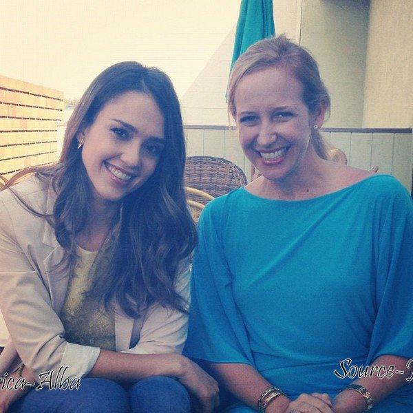 "Lundi 18 Juin  2012 : Jessica & Cash sortant du restaurant ""Wolfgang Puck"" dans Beverly Hills"