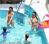 Ce Mercredi 11 Juillet : Jessica , Honor & Haven se reposant au bord de la piscine de leur Hotel en Italie . Le Mardi 10 Juillet 2012 : Jessica & ses filles dans la piscine de leur hotel .