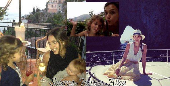 Vendredi 13 Juillet 2012 : Jessica & Honor s'amusant dans la piscine de leur hotel à Amalfi en Italie