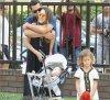 Samedi 4 Aout 2012 ; Jessica , Cash emmenant Honor & Haven au Park .Ensuite ils ont été manger au restaurant Tavern
