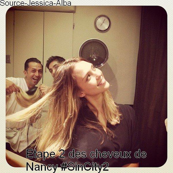 Samedi 25 Août 2012 : Jessica , Cash , Honor & Haven allant prendre le petit déjeuner au restaurant Nate'n'Al . Ensuite Jessica est allée chez le coiffeur.