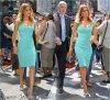 """Mercredi 12 Septembre 2012 : Jessica s'est arrêtée à l'émission """"Extra TV"""" à New York . On la retrouve un peu plus tard dans les rues de New York .Pour finir sa journée, Jessica a été vu  quittant son hotel pour se rendre à l'évenement """"Self Magazine Women Doing Good Awards""""."""