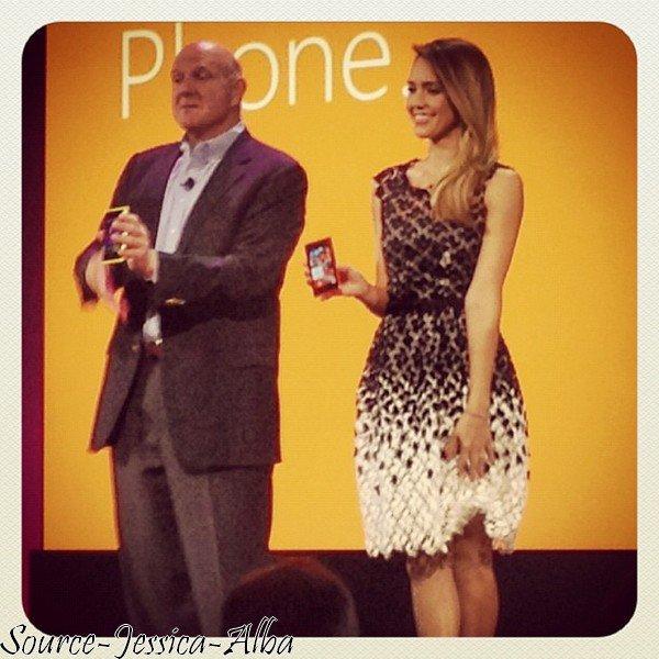 Lundi 29 Octobre 2012 : Jessica était à la présentation du nouveau Windows Phone 8 à San Francisco .