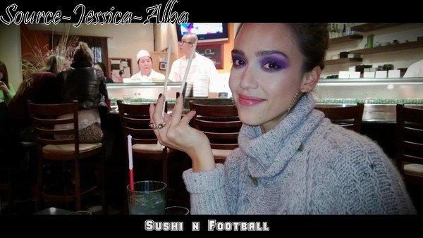Mercredi 14 Novembre 2012 : Jessica sortant de son bureau