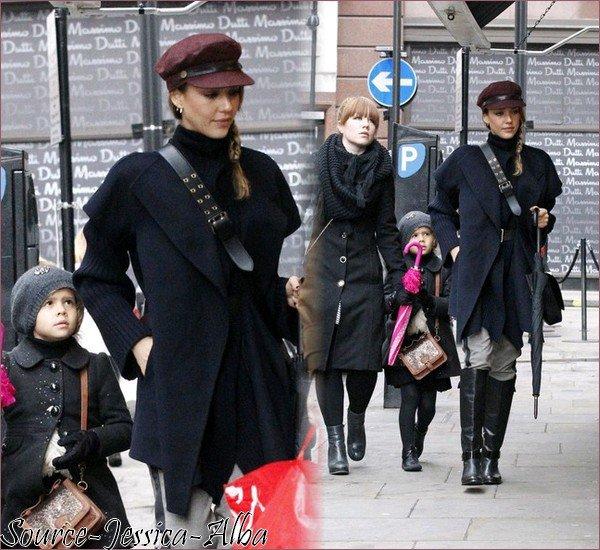 Mardi 4 Décembre 2012 : Jessica & Honor allant dinner dans Londres.