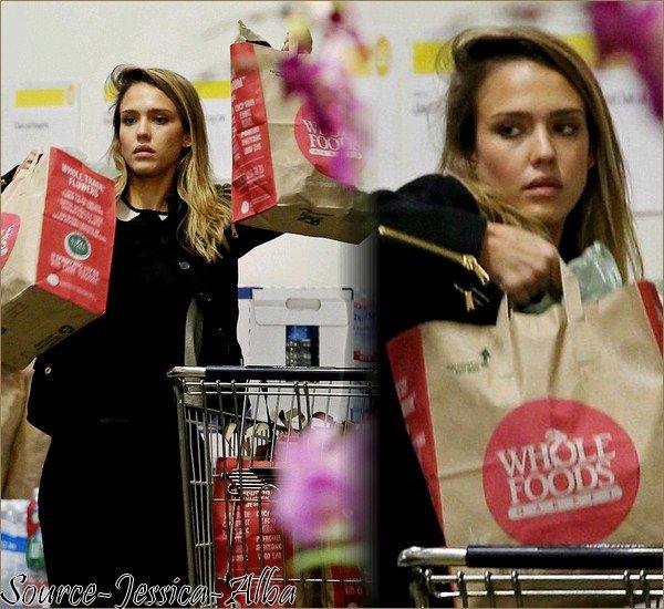 Dimanche 30 Décembre 2012 : Jessica , Cash , Honor & Haven se reposant à Cabo San Lucas au Mexique