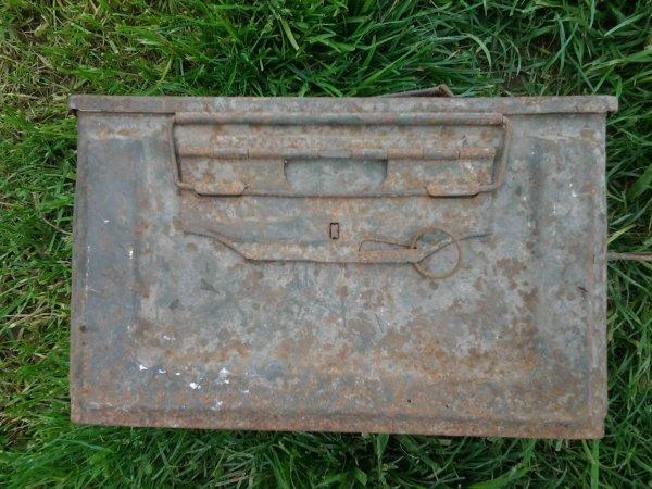 Detail de ma caisse u.s cal.50 AVENT NETTOYAGE
