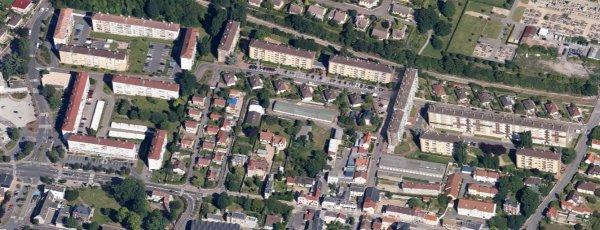 Petit-Couronne - Maupassant (Centre Ville)