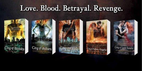 The Mortal Instruments : Les livres