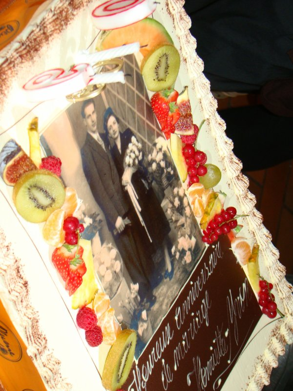 le 24-11-2011 .60 ans de mariage pour mes parents